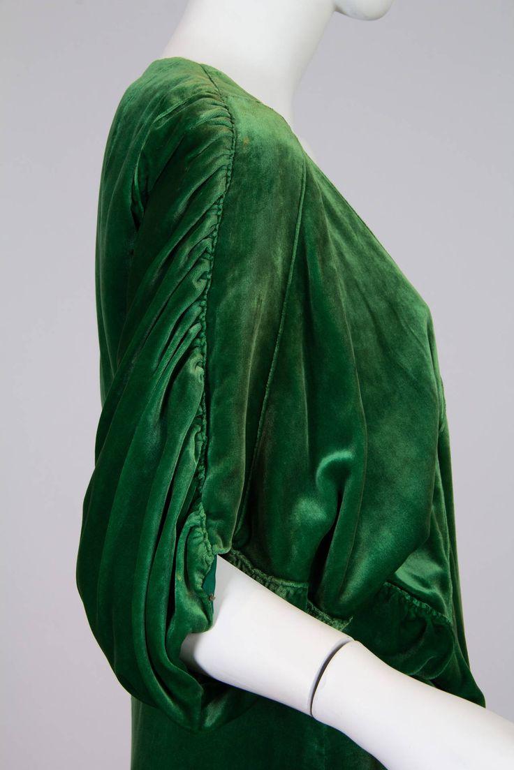 1910s Silk Velvet Pengoir in the style of Paul Poiret image 5
