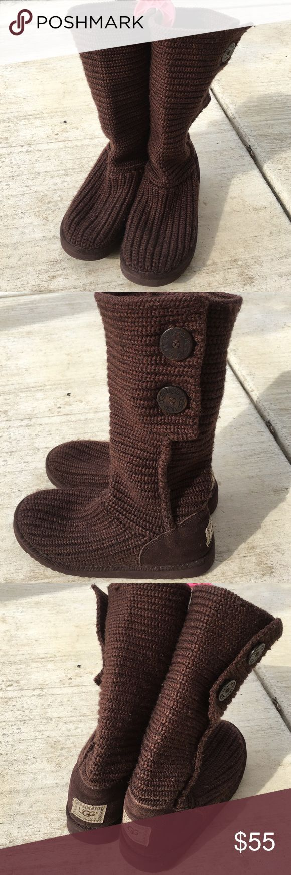 🎉🎊 Price Drop! UGG Knitted Boots Sz 5 in Youth Great boots for those not so cold months. You can fold it over for a different style. I've had this boots for years. This is a size 5 in Youth. I'm a true 6 in Women's and I have a little more than a wiggle room with this boots. Please look at the pictures closely. No stains or markings. There are lints as it is knitted. This can be taken cared of with a lint shaver. Comes from a smoke free home! I do live with furbabies. Price reflects age…