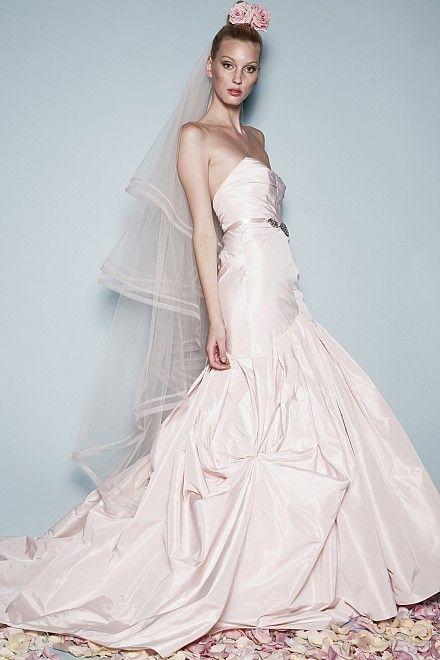 90 best The Sample Sale! images on Pinterest | Wedding frocks, Short ...