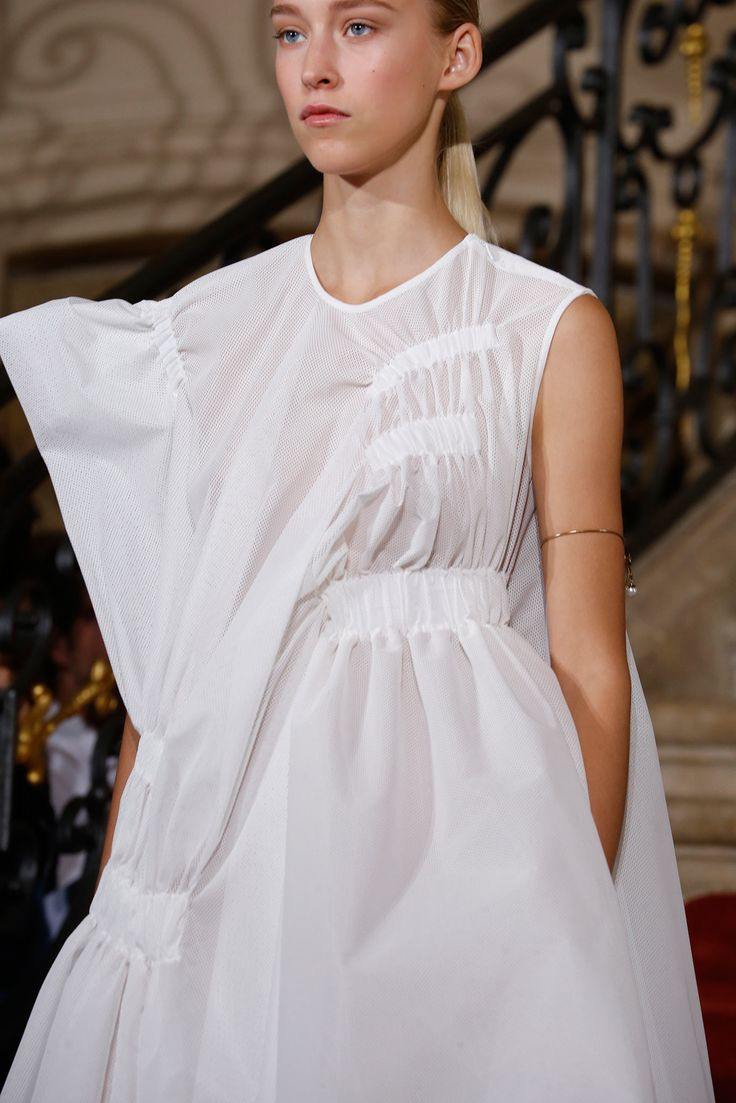 Viktor & Rolf Spring 2015 Ready-to-Wear - Collection - Gallery - Style.com