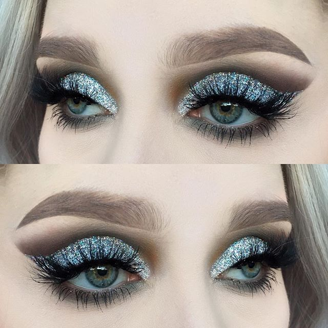 Gray cut creese with a light blue sparkly lid