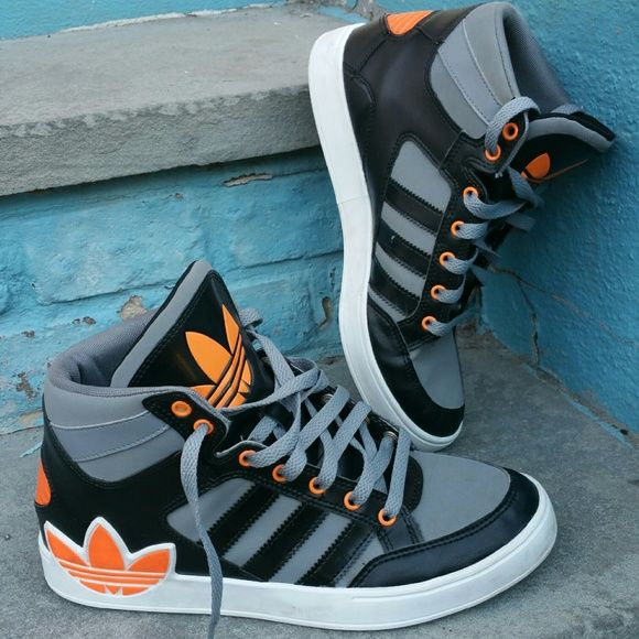 "Boys Youths Adidas High 3 Multicolor Boys Youths Adidas High 3 Orange, Gray And Black. In excellent pre-owned condition. They were worn only once. Size 7 ""PRICE FIRM"" Adidas Shoes Sneakers"