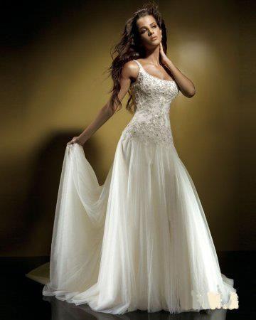 Картинки девушка в платье белом