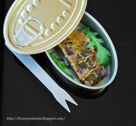 """Esta  """"lata de conserva"""" esconde en su interior un tataki de atún  que previamente he marinado con soja y un aceite muy aromáti..."""