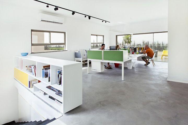 http://blog.eoffice.net/wp-content/uploads/2013/08/Studio-Dulu-office-Kibbutz-Sarid-Israel.jpg