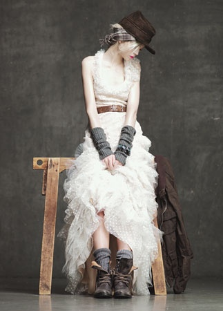 #HowToWear: Boots with tulle: Inspiration, J Crew, Crazy Fashion, So Pretty, White Lace, Jcrew, The Dresses, Boots, Ruffles