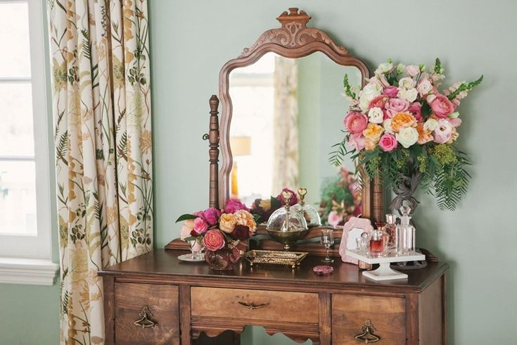 Romantic Valentines Day Dressing Table