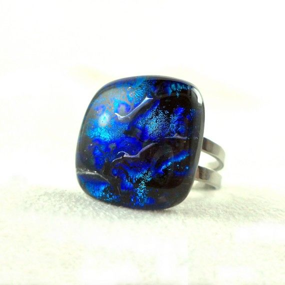 Exclusive fused dichroic glass ring created by Verre'Arts.