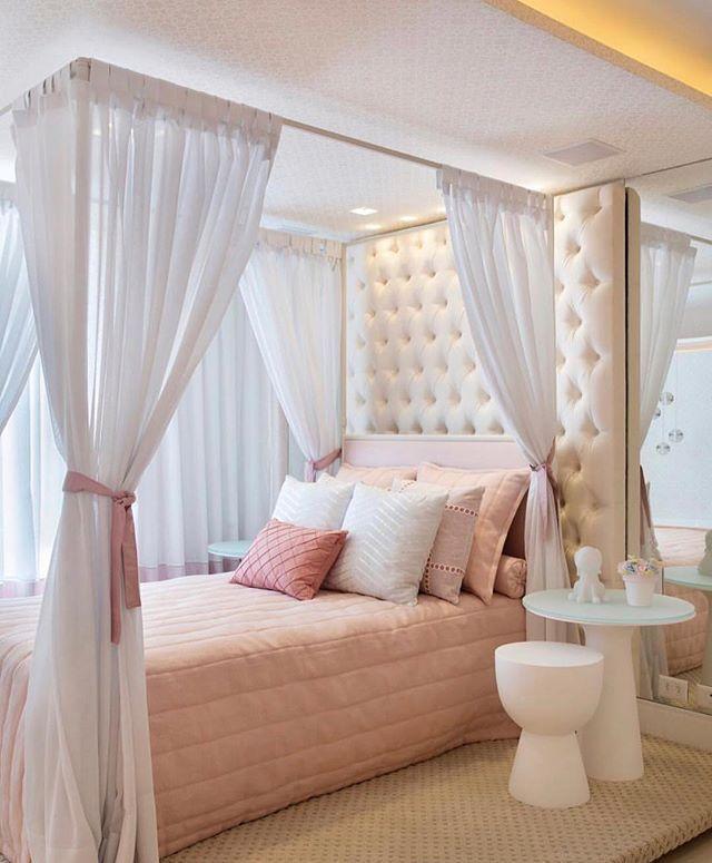 Quarto de princesa. Amei! Projeto Paty Franco e Claudia Pimenta - |Me acompanhe também no @pontodecor e @maisdecor_ - www.homeidea.com.br Face: /homeidea Pinterest: Home Idea #homeidea #arquitetura #ambiente #archdecor #archdesign #projeto #homestyle #home #homedecor #pontodecor #homedesign #photooftheday #interiordesign #interiores #picoftheday #decoration #revestimento #decoracao #architecture #archdaily #inspiration #project #regram #home #casa #grupodecordigital