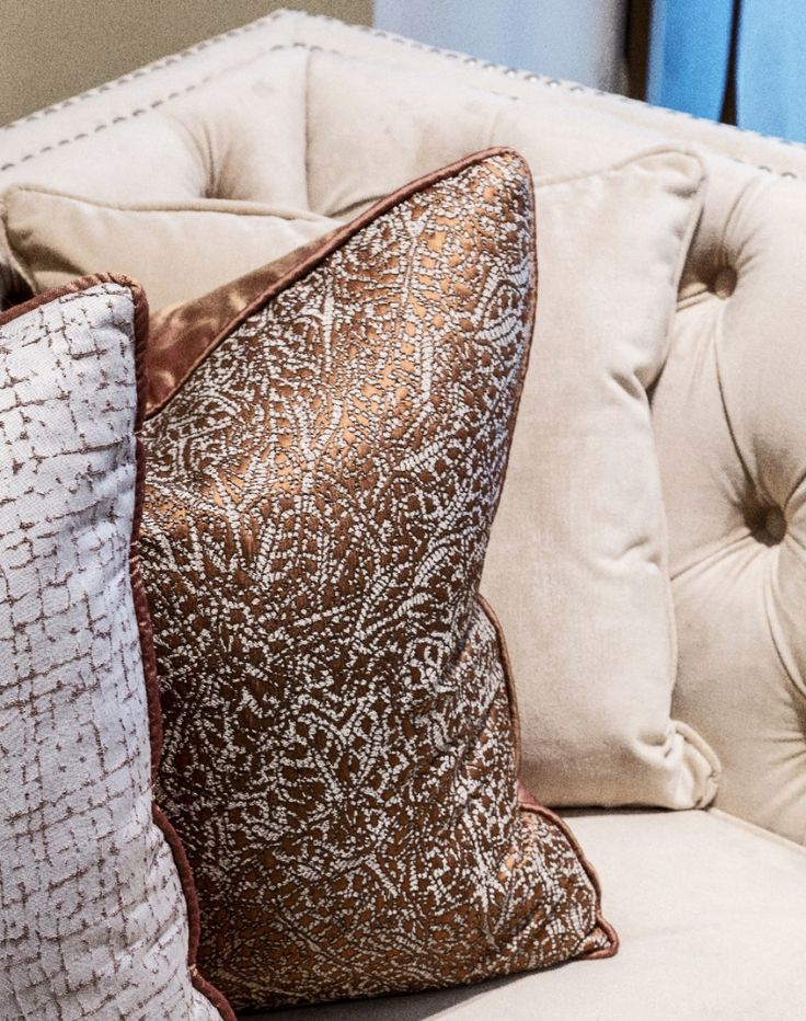 Using only the most luxurious fabrics in our latest Millgate development design, this stunning geometric weave cushion in fine embroidered yarn by Black Edition adds a majestic feel to the seating area.