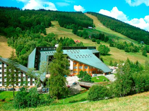 V hotelu FIT FUN si užijete krásný 3 denní wellness pobyt s úžasnou polopenzí. Další pobyty naleznete zde: http://www.nakupvakci.cz/cs/pobyty/