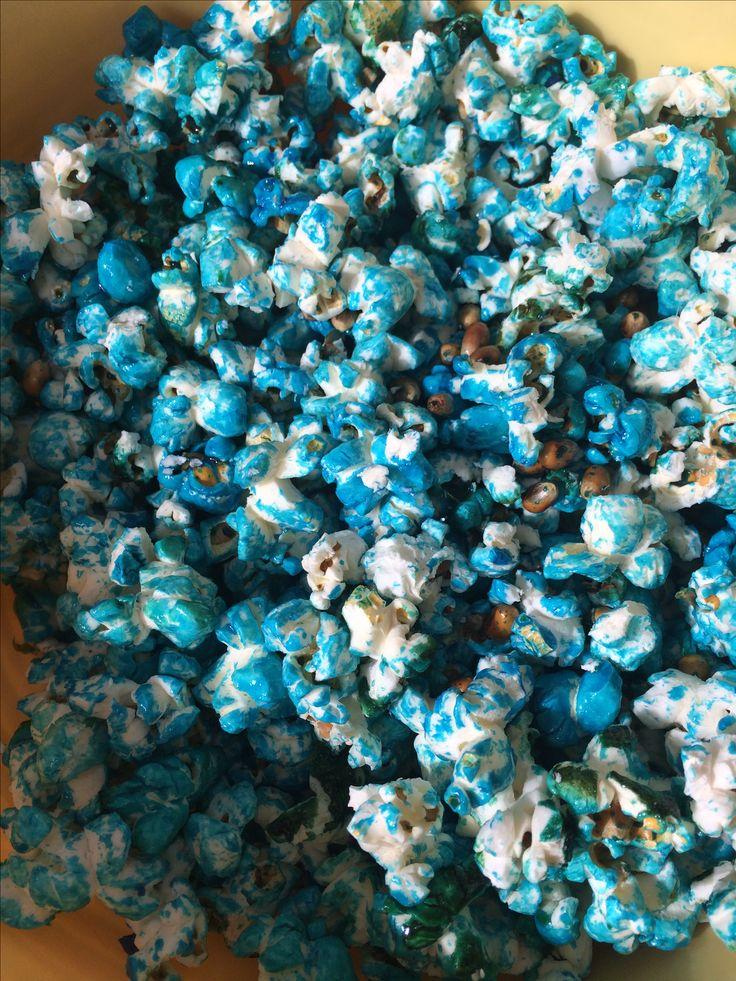 Buntes Popcorn 🍿 ganz einfach mit Lebensmittelfarbe! Klappt am besten mit süßem Popcorn! Lustige Idee 💡 für den Kindergeburtstag!