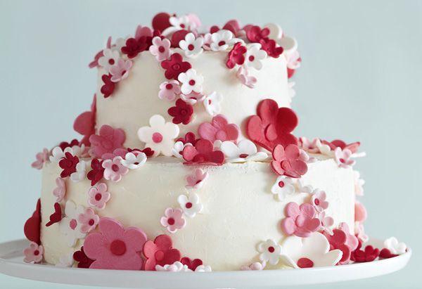 Wedding Anniversary cake Flower decor