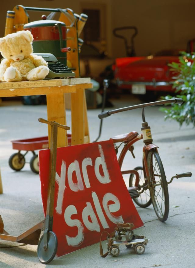 Countrywood Yard Sale in Cordova, Tennessee