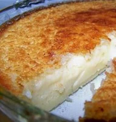 All the ingredients are mixed together and poured into a pie tin, but when it cooks it forms its own crust with filling This has a coconut vanilla taste like a coconut cream pie Ingredients 2 cups milk 1 cup shredded coconut 4 eggs 1 teaspoon vanilla extract 1/2 cup all purpose flour 8 Tablespoon bu…