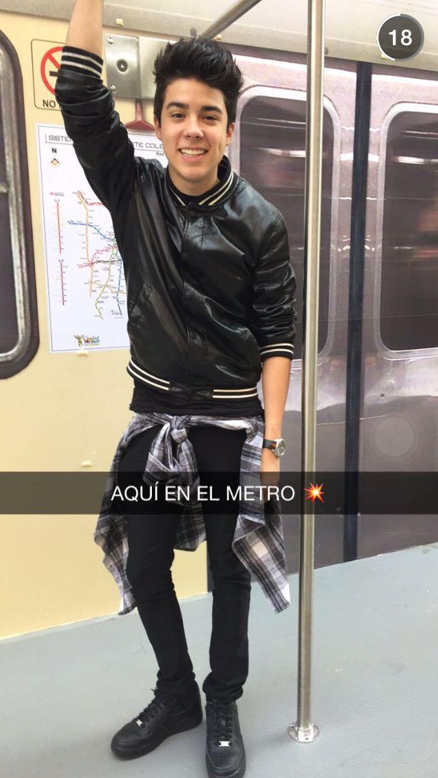 En el metro ❤️