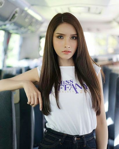 Ferang lesbian meet thai girls
