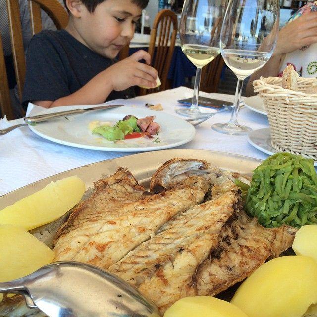 Best grilled #seabass ever!  #Almoçageme #seafood #foodie #kidfoodies #kidtravel #familytravel #Portugal #kids