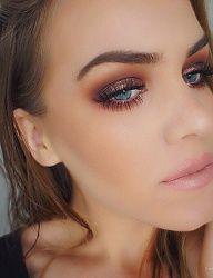 Gorgeous brown smokey eye