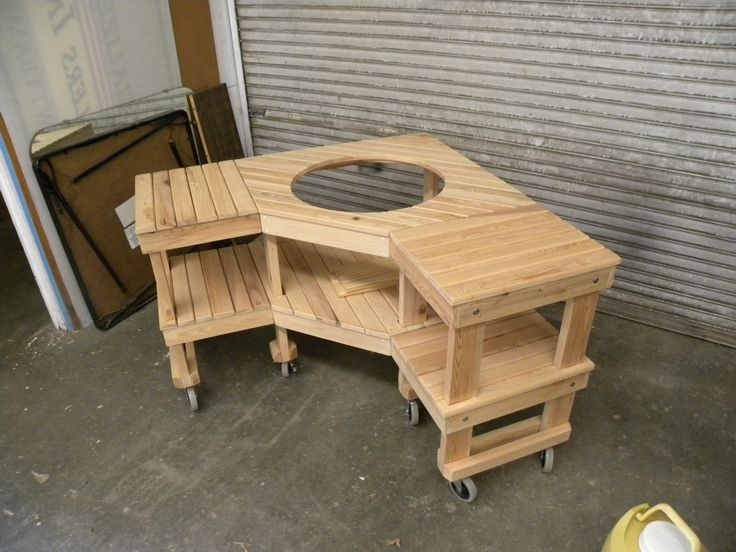 Custom Green Egg Corner Table