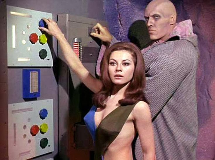 """Sherry Jackson (and Ted Cassidy - aka """"Lurch"""") in Star Trek """"What Little Girls Are Made Of"""" (1966)"""