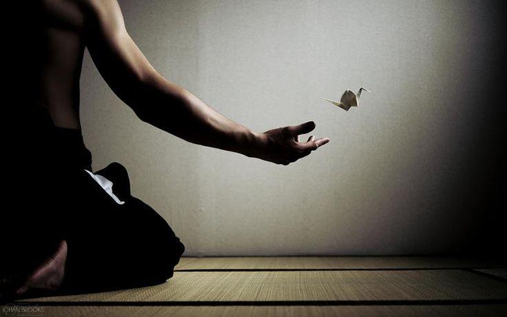 ЯПОНСКАЯ МЕТОДИКА ПРОТИВ ЛЕНИ «С понедельника начну новую жизнь, буду ходить в тренажерный зал, заниматься йогой, делать самомассаж, качать пресс…» — каждый из нас периодически ставит себе какие-то цели и не достигает их, перен…