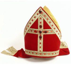 Mijter: Sinterklaas's hat.