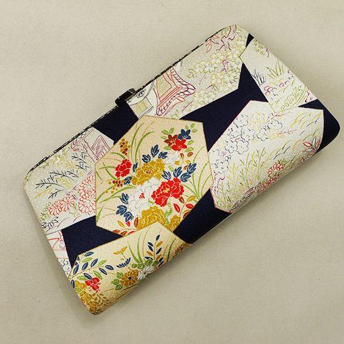 Vintage hand bag, japanese kimono style /【和装バッグ】リサイクル着物/ハンドバッグ/紺地 亀甲花柄 http://www.rakuten.co.jp/aiyama/