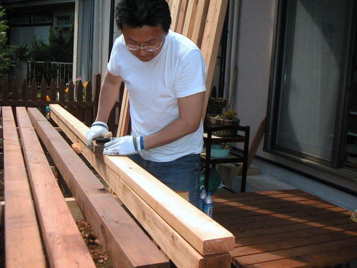 ウッドデッキをたのしく作ろう! 手作りのウッドデッキには、2つのしあわせがあると思っています。  …