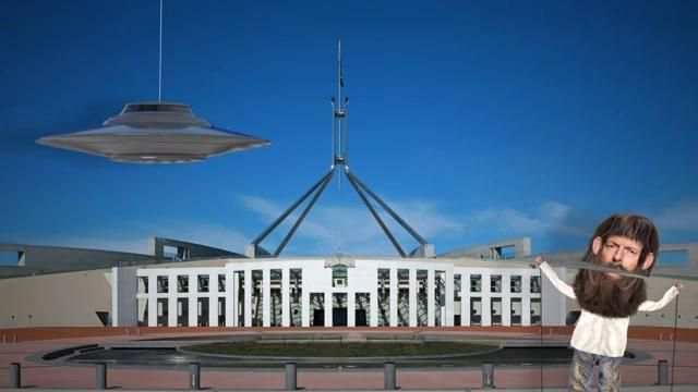Australian YouTuber Accidentally Creates Viral UFO Hoax That Went Viral This Week http://www.disclose.tv/news/australian__youtuber_accidentally_creates_viral_ufo_hoax_that_went_viral_this_week/126669?facebookad=2