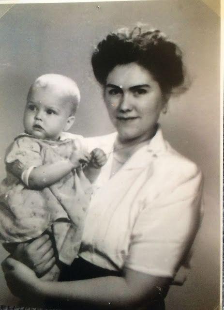 Eva Swedenmarks Värld: Nu kommer mamma-noveller