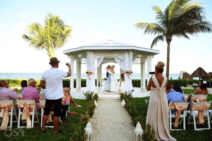 first kiss destination wedding Ocean Coral & Turquesa Gazebo