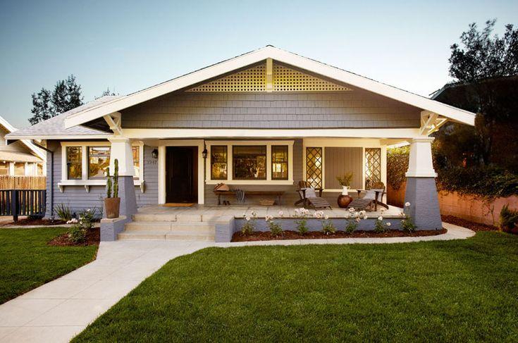 I love a good porch on a Californian bungalow - desiretoinspire.net