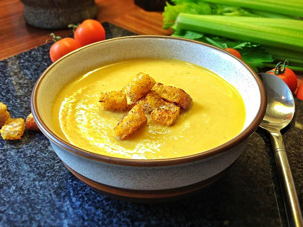 cauliflower cheese soup | foodie goodies | Pinterest