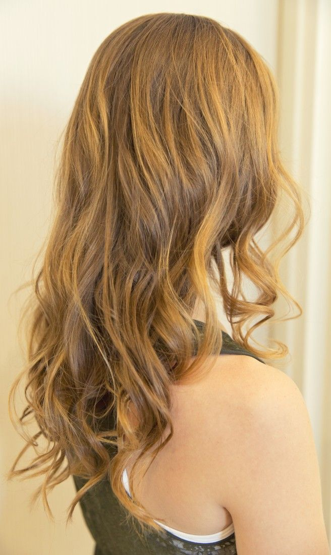 Perfect spring wavy curls//