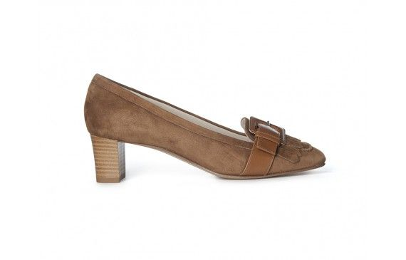 Zoe #suede genuine #leather #VOLTAN #MADEINITALY #heels 180,00 €