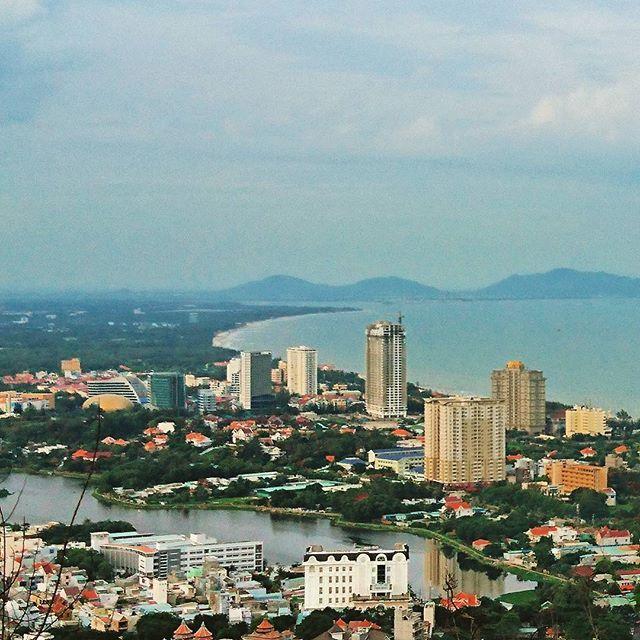 Vung Tau - Vietnam #vungtau #vietnam #beach #landscape #view #beautiful #awesome #sea #instagood #instalike #instagram #ブンタウ #ベトナム #ビーチ #景色 #海 2016/06/26 05:45:46