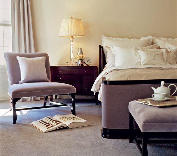 Спальня дома в Пидмонте, Северная Калифорния, дизайнер<br />  Барбара Берри.