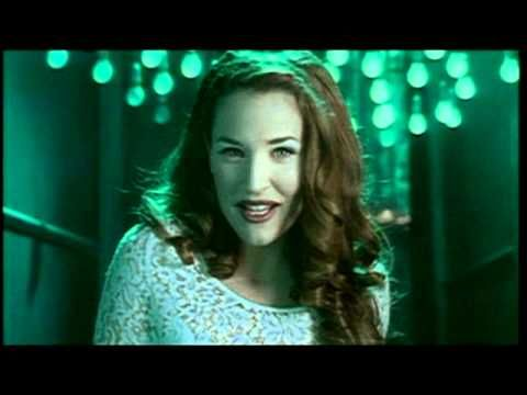 My Cleaning Song:) Gina G Ooh Aah Just A Little Bit - YouTube