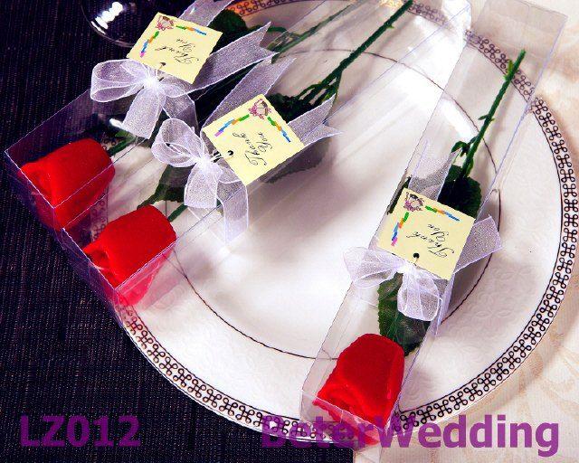 玫瑰花蜡烛BETER-LZ012 Long Stem Rose Candle        http://item.taobao.com/item.htm?id=45016756754 #小燭臺 #小蠟燭 #生日蠟燭 #婚禮回禮 #禮物# #beterwedding #抽獎禮物 #crafts #weddings 上海倍樂禮品 專業的結婚小物批發