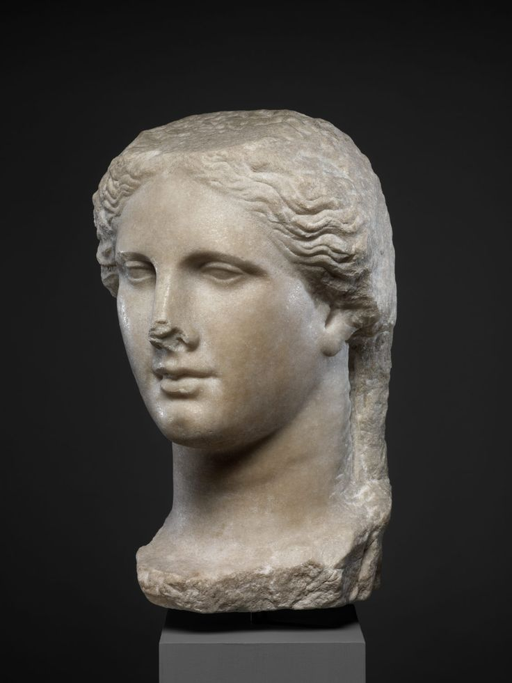 marble head of a ptolemaic queen That holy grail among the art trade, a new young collector, bought a delicately modelled hellenistic marble head of a ptolemaic queen and aims to develop a collection he told us that maastricht is the ideal location for young collectors because of the range of pieces being offered by leading dealers in the field, said clist.