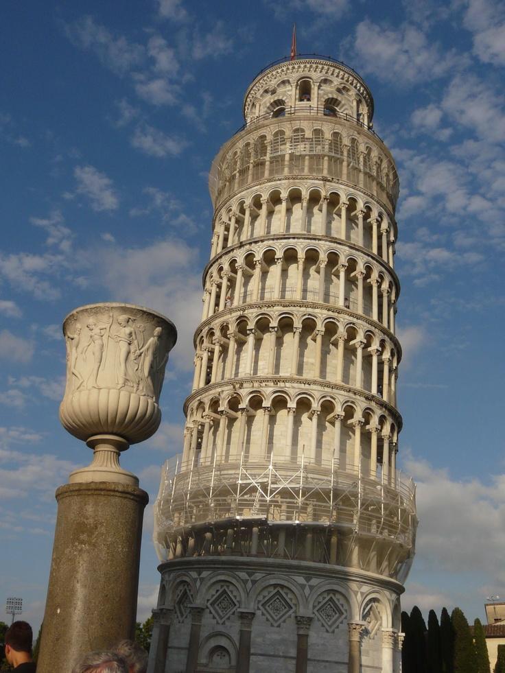Šikmá věž