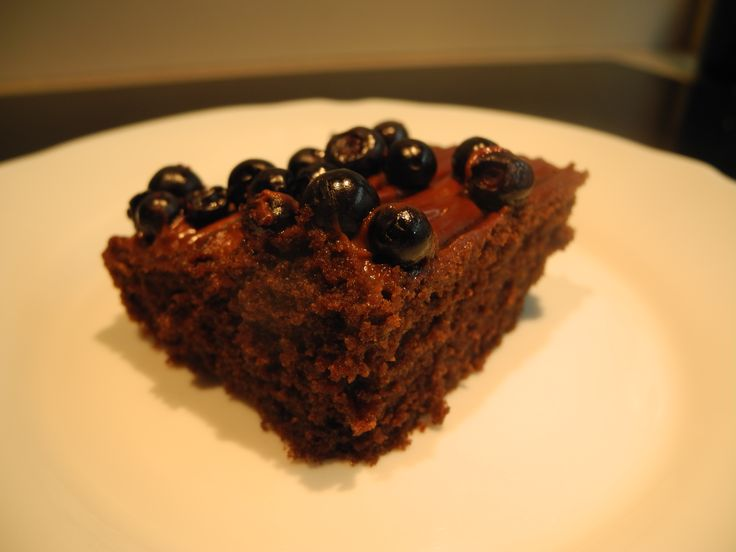 Kefir cake with blueberries- perfect and fluffy cake with fresh blueberries