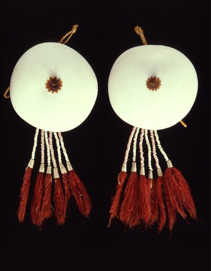 India | Earrings from the Borduaria Naga people | Shell, plant fiber, glass beads, wool | 2nd half of the 19th century
