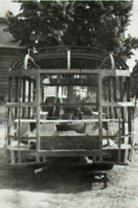 Pod koniec roku 1951 powstaje prototyp pierwszego, całkowicie polskiego autobusu Star N50