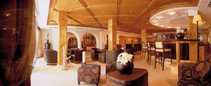 Die einladende Lounge des #Hotel #Prokulus wird Sie bei Ihrem #Urlaub in #Südtirol willkommen heißen. Mehr Informationen unter http://www.selectedhotels.com/de/hotel/familien-und-wellnesshotel-prokulus