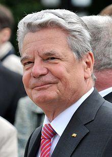 Rostock (Mecklenburg-Voor-Pommeren) - Joachim Gauck →  Bundespräsident der Bundesrepublik Deutschland.