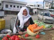 Hamás prohíbe importar frutas de Israel para promover la producción en Gaza