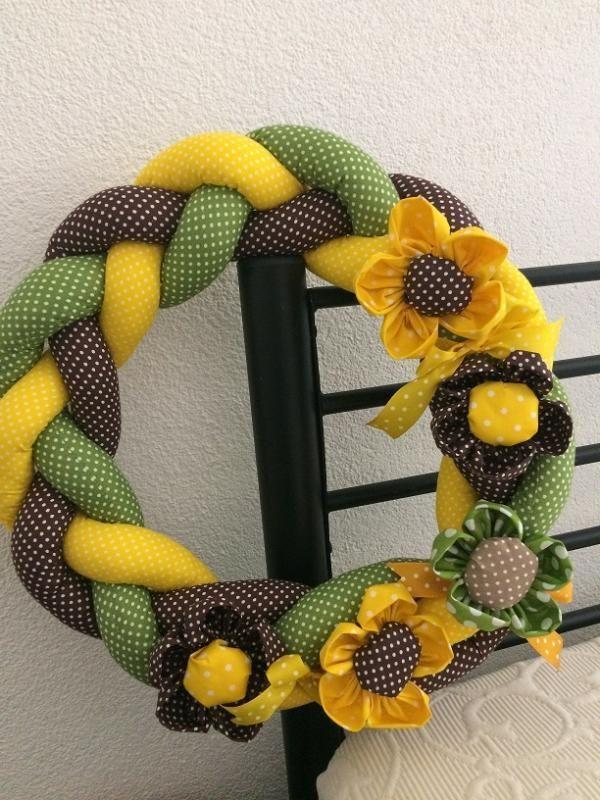 Šitý veniec. Autorka: ivaali | šitie, veniec, dekorácia, kvety | Artmama.sk