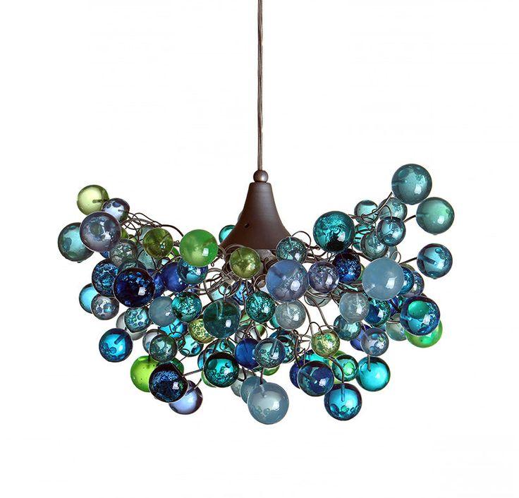 Iluminación, araña de mar color burbujas, suspension con diverso tamaño de las burbujas para habitación de niños o comedor. de yehudalight en Etsy https://www.etsy.com/es/listing/484357301/iluminacion-arana-de-mar-color-burbujas